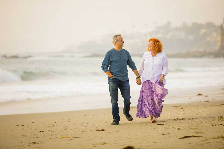 Alan & Heidi beach walk family