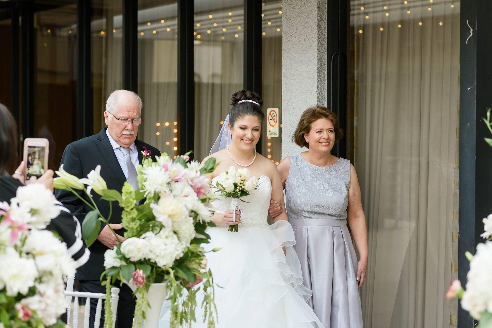 018_Alan_and_Heidi_Wedding_Nicole_Roman