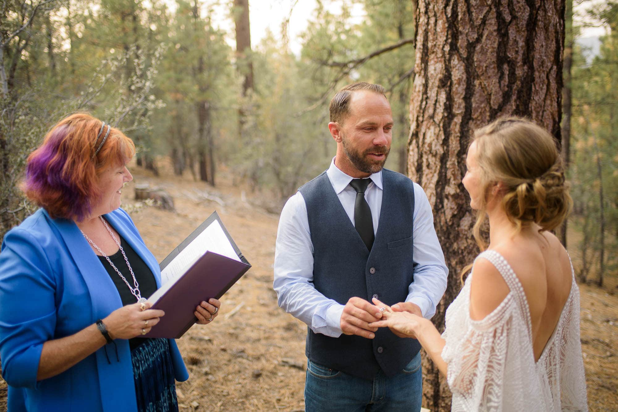 028_Alan_and_Heidi_Big_Bear_Elopement_Holly_Sean
